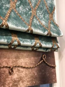 Римские шторы декорированные шнуром