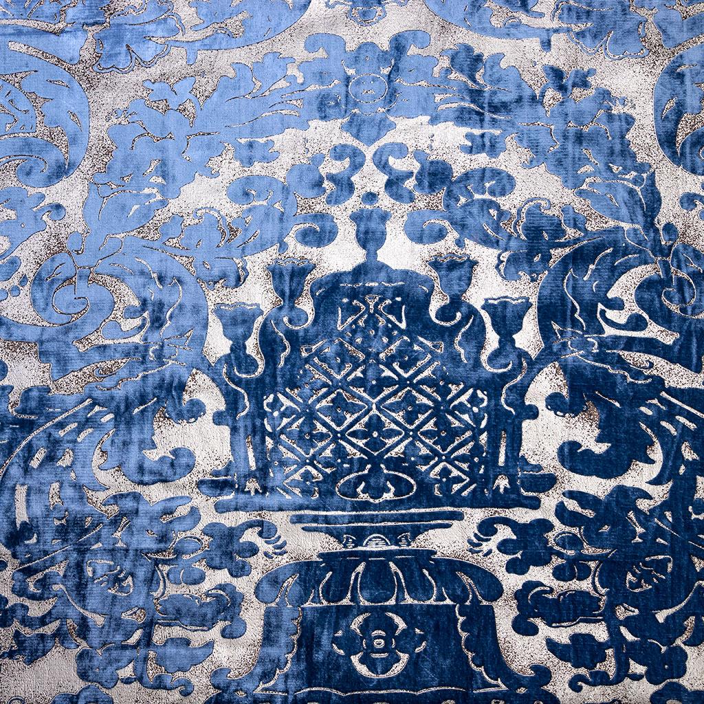 Ткань для штор с вензелями